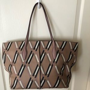 Tod's Tote Large